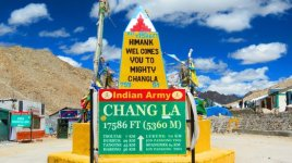 travel from leh to pangong lake - Chang la top at 17586 feet