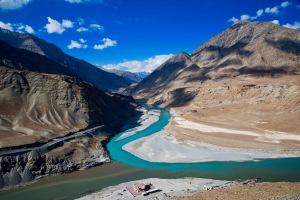 Road trip from Kashmir to Leh Ladakh