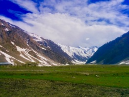 Road trip from Srinagar to Leh Ladakh