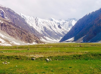 Road trip From Sringar to Leh Ladakh