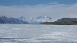 Leh Ladakh road trip - Frozen Pangong lake during winter